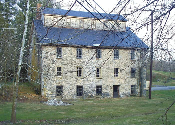 Lake Mill / Groff's Mill