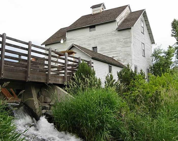 Thorp Grist Mill / The North Star Mill