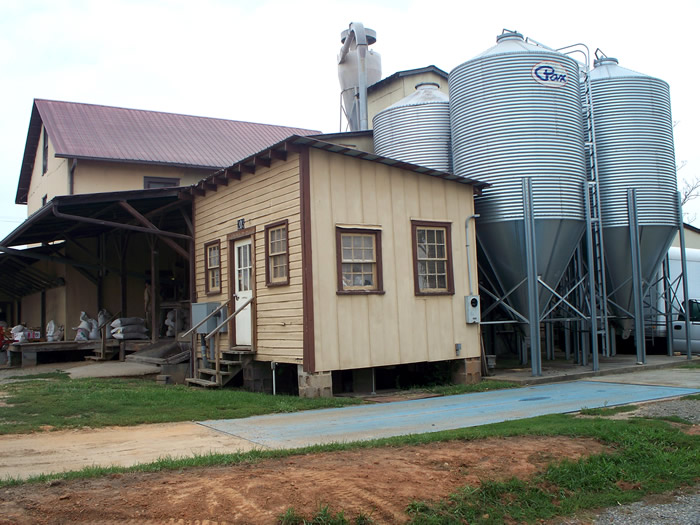 Boonville Flour & Feed