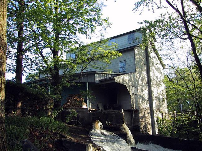 Tuthilltown Grist Mill
