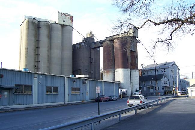 Standard Milling Co. / Highspire Feed Mill