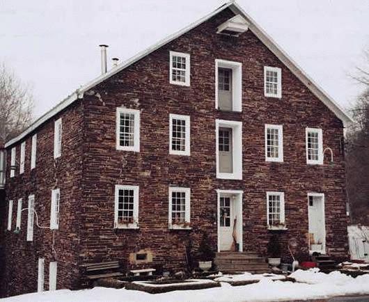 Blackstone Mill / Pillow Mill